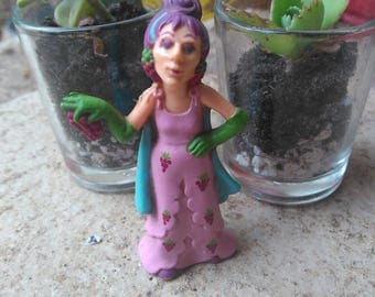 Sour Grapes - Strawberry Shortcake Character Toy