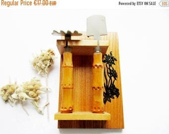 SUMMER SALE- Cute Little Vintage Gardening Tools, Spade and Rake on Wood Pannel with Rustic Bavarian Edelweiss Design