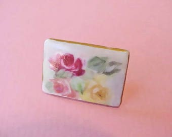 Roses-Beautiful Art Nouveau Era Hand Painted Porcelain Button Stud