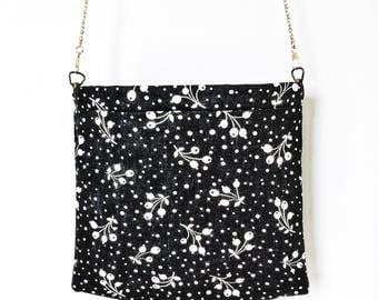 Black with White Winterberry Bag, Flex Frame Bag, Shoulder Bag, Fabric Bag, Cross-body, Fabric Shoulder Bag
