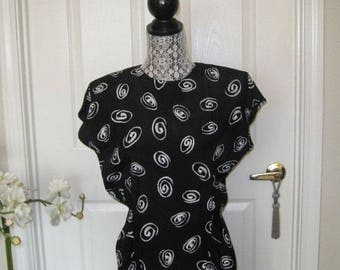 Black And White Vintage Dress, Tagged SCARLETT, Made In USA, Size 7-8, Saturday Night Fever, Disco, Club Dress, Party Dress