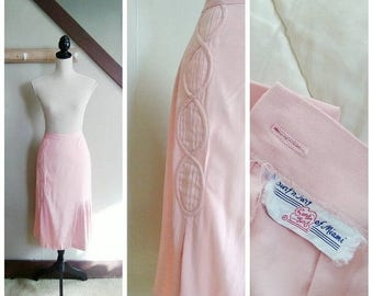 20% OFF / Ticket to Miami 1950s Pink High Waisted Wiggle Skirt with Pleat Detail