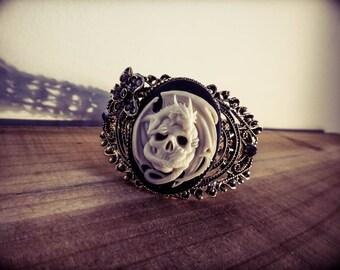 Game of Thrones Khaleesi Mother of dragon Targaryen ♰ ♰ cameo bracelet