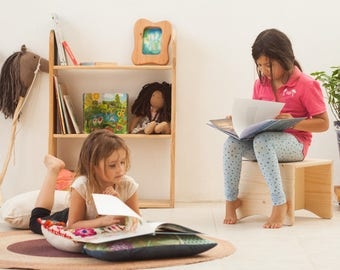 Wood children bookshelf  / Wood bookcase / Solid wood book shelves for kids