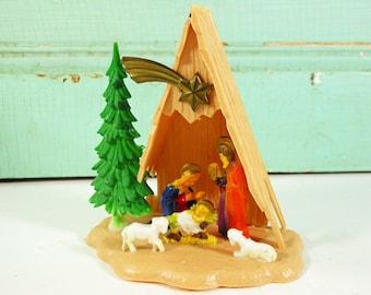 Vintage Small Nativity Scene, Plastic A-Frame Manger Scene