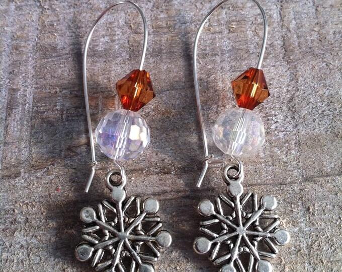 Snowflakes earrings large silvery Brown ties