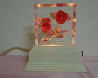 Stunning 1940's Lucite Night Light / Gorgeous Red Roses / Excellent Working Order
