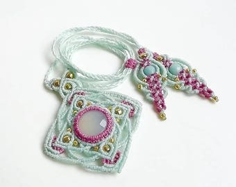 Macrame Mandala Necklace In Mint and Raspberry with Mint Chalcedony , Macrame Flower Necklace