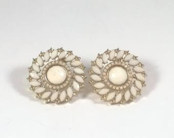 Vintage White Earrings - Pierced Beaded Round Fashion Jewelry - Retro 1980s
