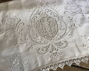 1920s Figural lace Linen Lingerie Case, Needle Lace, White Embroidery, Pillow Cover