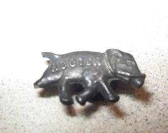 Herbert Hoover Political Campaign Button Elephant Stud #2072