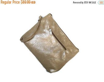 ON SALE Stylish Gold Leather Clutch Bag with Wrist Strap, Fashion  Wrist-let Purse, Evening Pouch, Angel-2