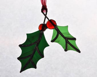 Minimal Holly Ornament