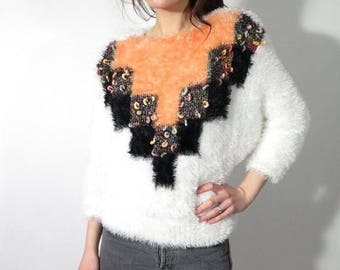 25% OFF Vintage White Fuzzy Sweater