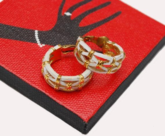 Trifari Hoop earrings - White enamel - Gold plated - mid century Clip on earrings Crown Trifari
