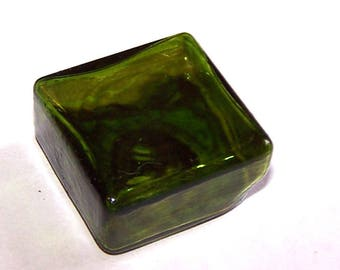 A square 25 mm TRANSPARENT green glass stained glass globe