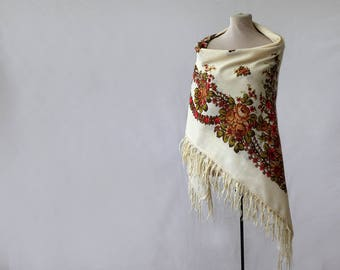 white Russian shawl, white with peach, salmon and beige roses, pastels, neutrals, feminine accessory wedding shawl huge throw NWOT
