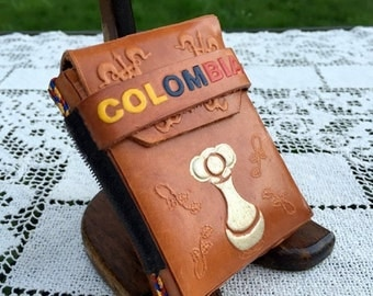 17% OFF SALE Tooled Leather Case/Cigarette Case/Colombia Souvenir/Leather Cig Case/3.75 in x 1 in wide/Velcro Strip/Tooled Cigs Case/Colombi