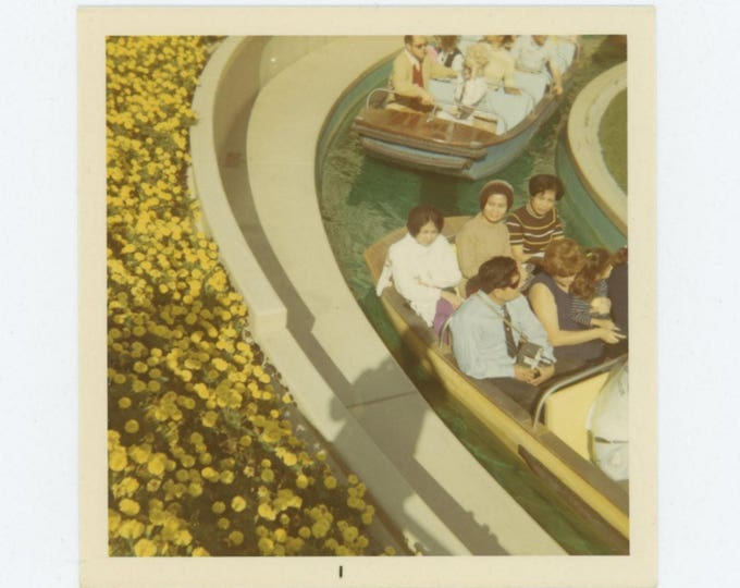 Vintage Snapshot Photo: It's a Small World, c1960s-70s (78604)
