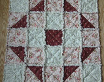 Rachel Ashwell Shabby Chic Fabric BABY RAG QUILT Vintage Rose Collection -