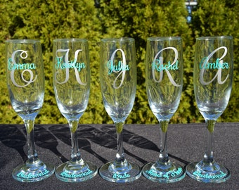Personalized Champagne Flutes - Bridesmaid Champagne Flute - Wedding Party Flutes - Bridesmaid Champagne Glasses - Wedding Party Gifts