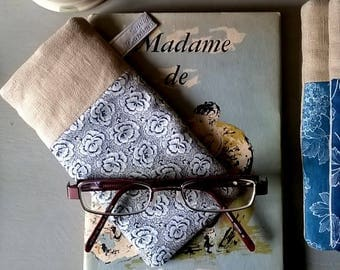 Linen Glass Case with White and Blue Roses Fabric  / Specs Case /Glasses Case / Sunglasses Case