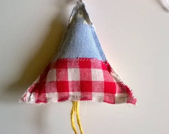 Vintage and Upcycled Fabric Shabby Patchwork Tree Festive Hanger/Decoration