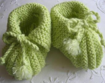 """Handmade baby booties """"Pistachio"""" Lamb wool"""