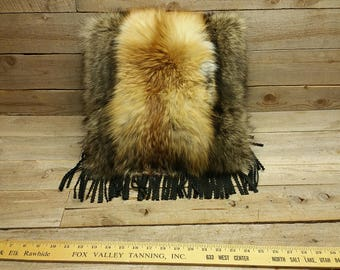 red fox & raccoon fur pillow V1-1