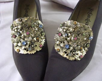 Pair of Stunning MUSI Shoe Clips ....... Goldtone with Colored Rhinestones & Pearls