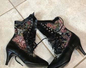 Vintage 80's Tapestry Leather Lace Up Granny Boots Shoes 6