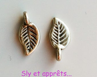 leaves 2 charms 14x7mm