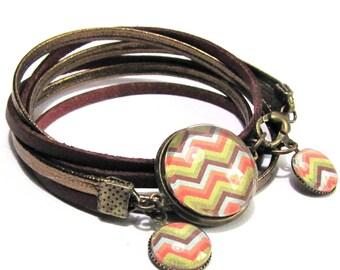 """Bracelet cabochons """"zig zag"""" pattern, bronze leather cord"""