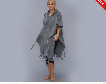 Grey Cotton  Poncho - poncho hoodie - Hippie - Cozy - - Hood - Elf  - Shawl knitted - bleached
