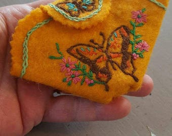 Felt embroidered sewing kit