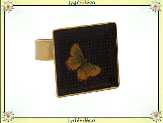 Butterfly square ring with brass gold 24 carat 24 K resin yellow orange mustard black 17mm adjustable