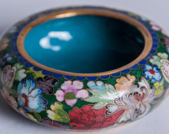 Vintage Handcrafted Chinese Cloisonné Brass Enamel Bowl With Beautiful Floral Colors