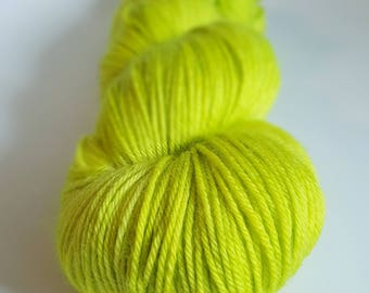 Skein of Superwash Merino / Nylon - Fingering / Sock - color Monstroplante