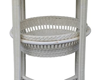 17134 Unusual Wicker Sewing Basket