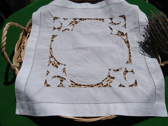 Antique 1930 French White Linen Doily French Handmade Cut work Table Center #sophieladydeparis
