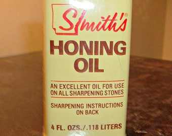 Vintage SMITH'S HONING OIL Can