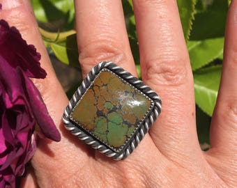 Turquoise Ring set in Sterling Silver. Size 8. Free Shipping to US!