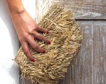 Handwoven Straw Purse, Beach Clutch, Wedding Clutch Bags,Tan clutch, Fringe Clutch Purse, Ibiza Style Bag