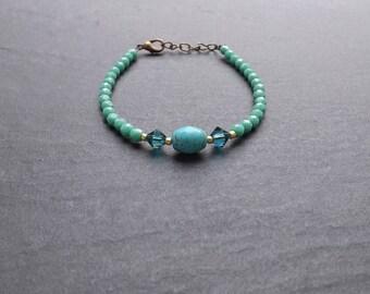 """Liyah"" Crystal, howlite and swarovski crystal bracelet"