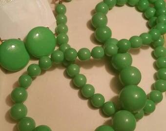 1980s Marvella Jadeite Green Plastic Necklace & Earring Set