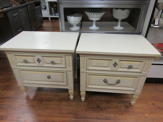 Shabby chic nightstands by Dixie