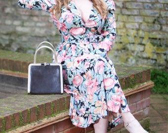 Vintage Dress Size 8/10, Autumnal colours, floral,