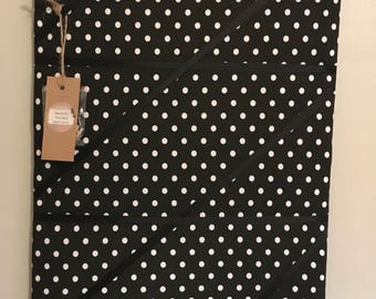 Black and White spot Memory board