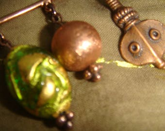 Small pin copper beads