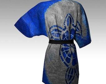 "Kimono robe with designers artwork ""Honu"""